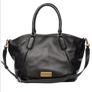 Marc Jacobs Q Fran Leather Shoulder Bag